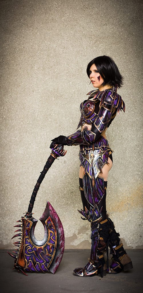 01_WoW_Warrior_T5_Cosplay_Kamui