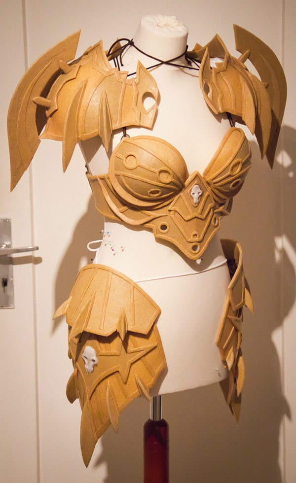 22_WoW_Warrior_T5_Cosplay_Kamui
