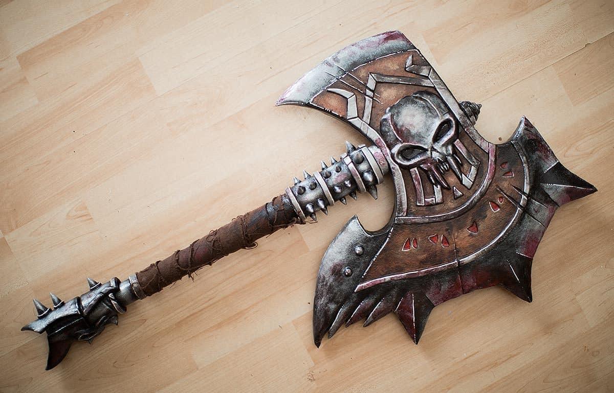Kamui-Cosplay-Props-Barbarian-Axe-Diablo-3