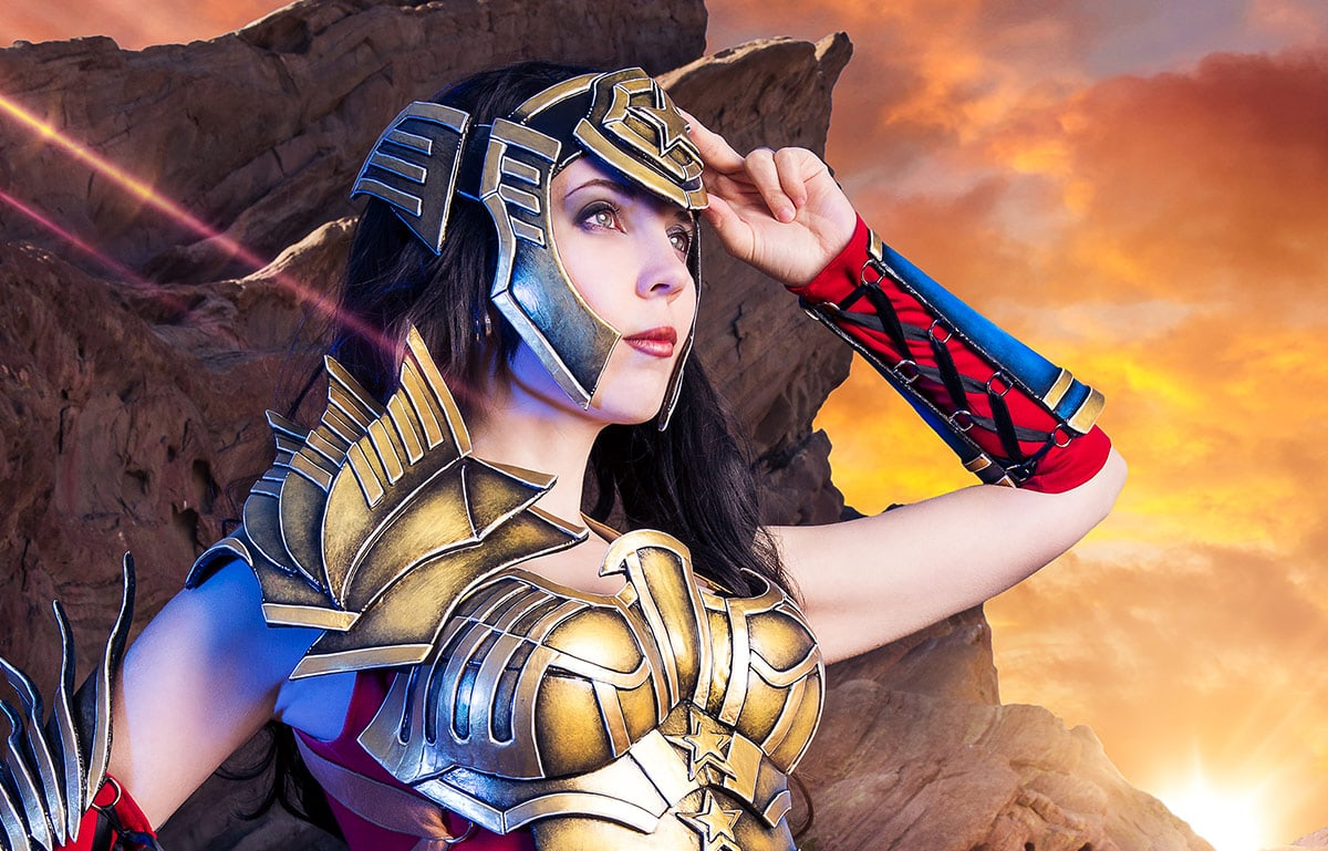 Kamui-Cosplay-Wonder-Woman-Injustice-Armor-Costume